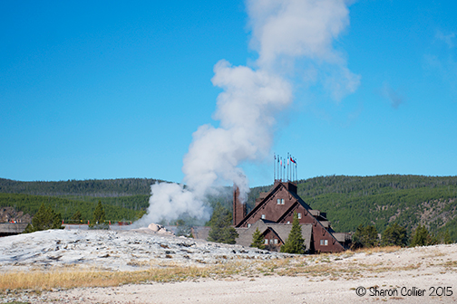 Old Faithful Geyser and Inn